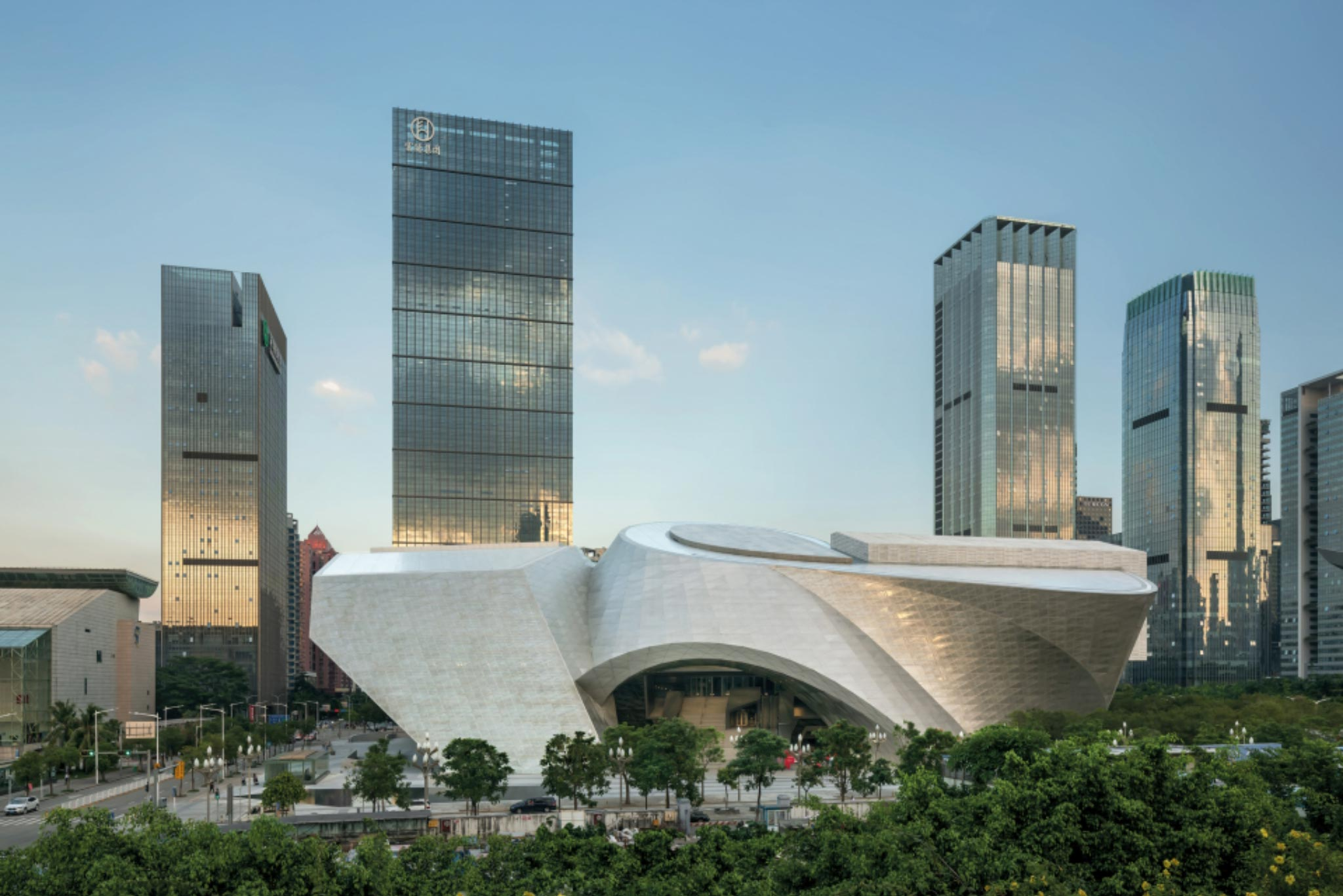 Museum of Contemporary Art & Planning Exhibition, Shenzhen, China: photo credit © Duccio Malagamba